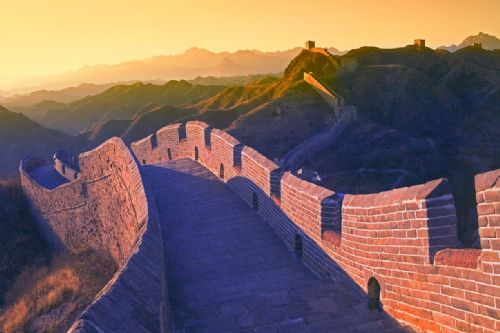 Landscape Framed Canvas Wall Art - The Great Wall of China